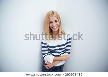 jóvenes · mujer · de · negocios · manos · hermosa · europeo · pie - foto stock © filipw