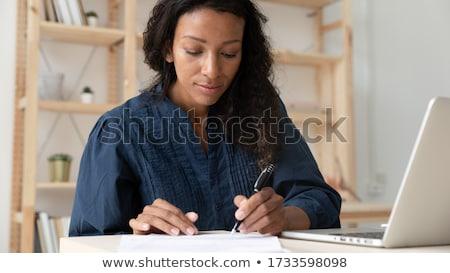Stockfoto: Geschreven · werk · menselijke · handen · pennen