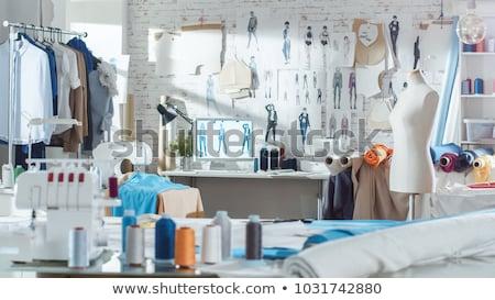 vrouwelijke · mode · tekening · nieuwe · jurk · studio - stockfoto © luminastock