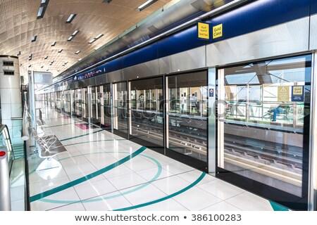 Escalator métro gare Dubaï vue technologie Photo stock © IMaster