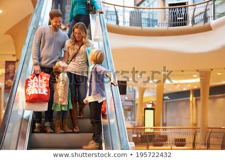 семьи четыре магазин эскалатор ребенка тело Сток-фото © Paha_L