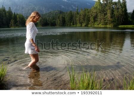 mulher · jovem · lago · mulher · luz · montanhas · idéia - foto stock © monkey_business
