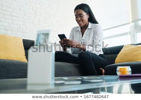 Schwarze Frau portable wifi Drucker Druck Bilder Stock foto © diego_cervo