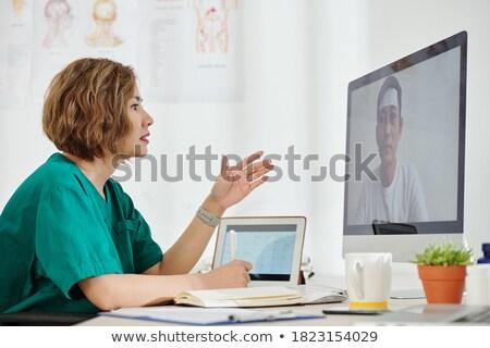 Radioloog assistent werk haren gezondheid ziekenhuis Stockfoto © photography33