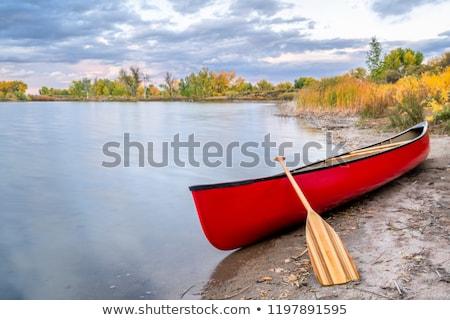 Kırmızı tandem kano ahşap yalıtılmış beyaz Stok fotoğraf © PixelsAway