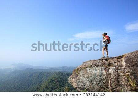 Stockfoto: Vrouw · wandelen · rugzak · bergen · parcours