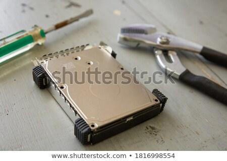 Kırık yok sabit disk disk araçları ahşap masa Stok fotoğraf © jirivondrous