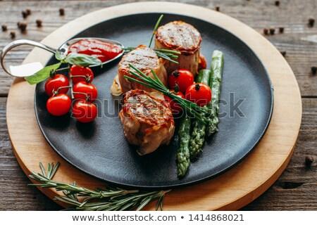 Schweinefleisch Filet Medaillon Essen Fleisch Stock foto © Digifoodstock