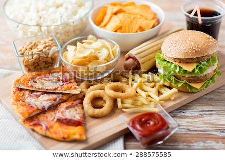 Hamburger sültkrumpli kóla gyorsételek étel szett Stock fotó © pakete