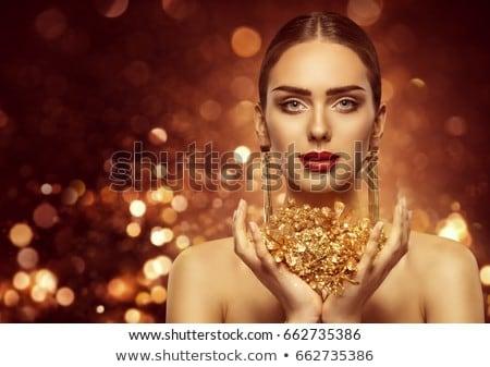 aantrekkelijk · meisje · hoop · schoenen · vrouw · glimlach · sexy - stockfoto © konradbak
