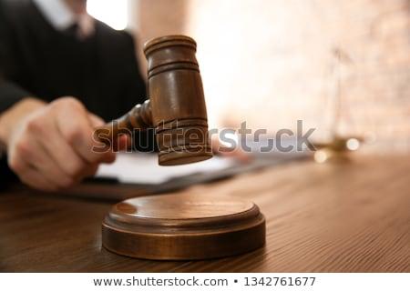 Sąd decyzja tekst notebooka biurko Zdjęcia stock © Mazirama