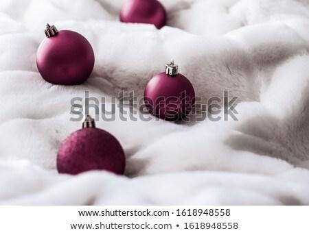 Púrpura Navidad blanco mullido piel fondo Foto stock © Anneleven