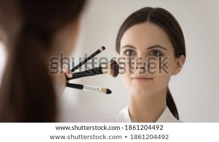 Imagen satisfecho polvo cepillo mirando Foto stock © deandrobot
