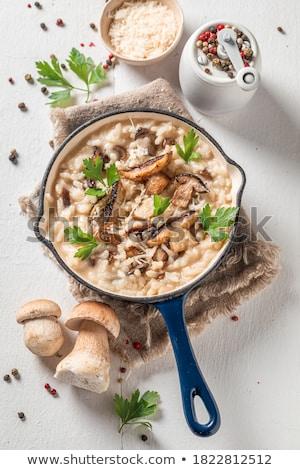 Domowej roboty ryżu grzyby puchar drewna Zdjęcia stock © mpessaris