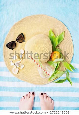 Donna arancione asciugamano spiaggia tropicale persone viaggio Foto d'archivio © dolgachov