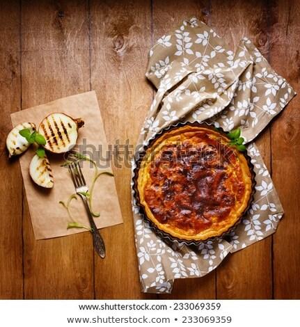 Pite torta felszolgált grillezett hagyma friss Stock fotó © dariazu