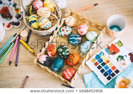 77f6bb5132 Húsvéti tojás ecset kéz festett dekoratív piros Stock fotó © Artspace