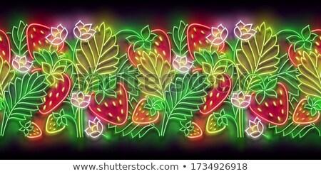 Gloed aardbei bush bloemen vers Stockfoto © lissantee
