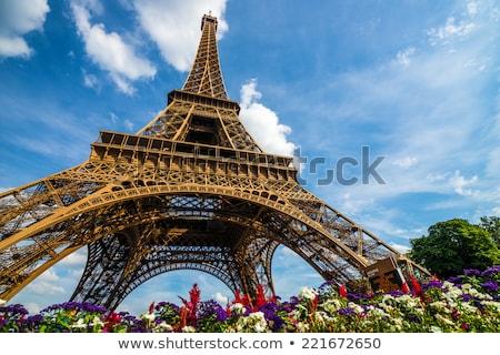 Eiffel tournée jaune main beauté Photo stock © Lopolo