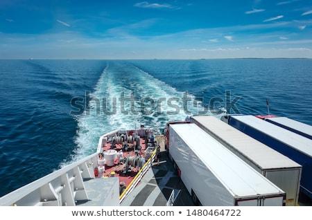 Balsa ponte navegação abrir mar água Foto stock © Harlekino