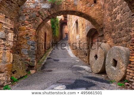 Stok fotoğraf: Eski · taş · ortaçağ · kasaba · Toskana · İtalya