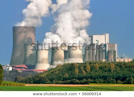 enorme · consumo · cuadro · aislado · blanco · electricidad - foto stock © barabasa