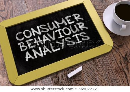 Tüketici davranış analiz kara tahta sarı Stok fotoğraf © tashatuvango