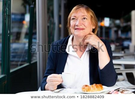 пару · сидят · тротуаре · кафе · романтические - Сток-фото © is2