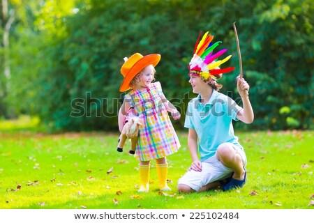 Ninas nativo americano nina diversión pluma Foto stock © IS2