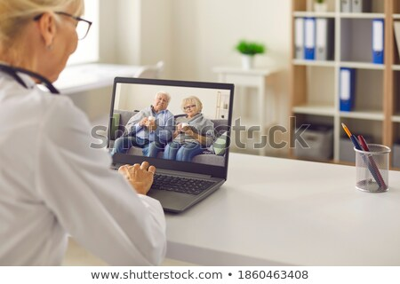 arts · vergadering · vrouwelijke · patiënt · kliniek · lopen - stockfoto © wavebreak_media