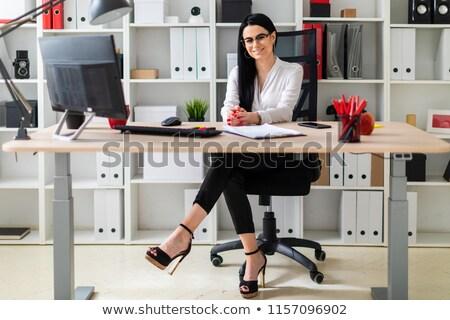 若い女の子 座って コンピュータ デスク 少女 うそをつく ストックフォト © Traimak
