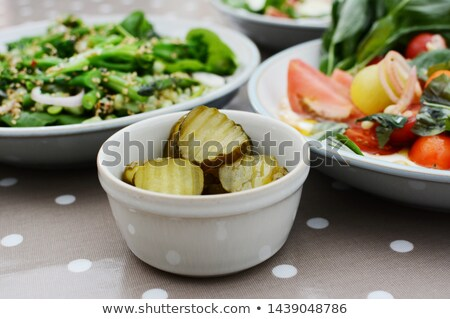 Pepino em conserva fatias fresco verão foco mesa de jantar Foto stock © sarahdoow