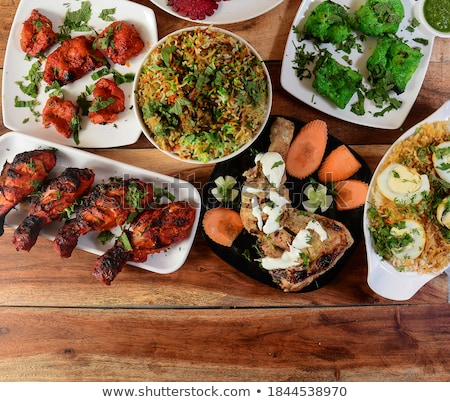vegetariano · aperitivo · botão · cogumelos · pesto · comida - foto stock © Digifoodstock