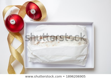 ストックフォト: 全体 · ローフ · ケーキ · 赤 · 金 · リボン