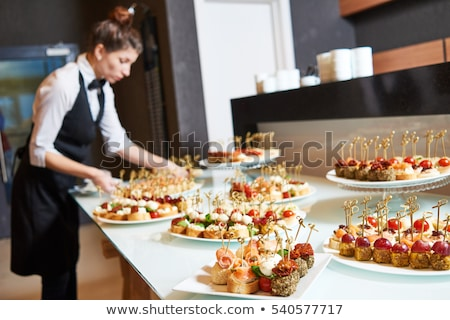 Catering hizmet çok büfe hazır sıcak Stok fotoğraf © artlens