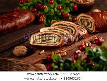 Noce rotolare fette dolce dado Foto d'archivio © Digifoodstock