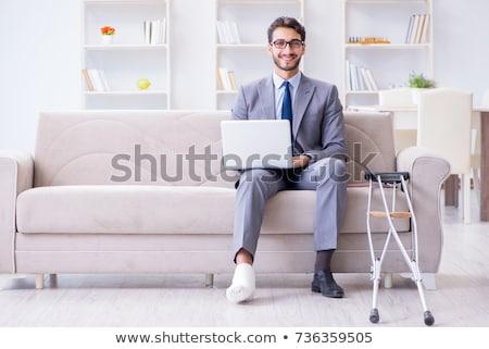 pie · lesión · de · trabajo · casa · hombre - foto stock © elnur