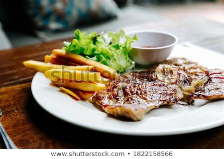 бифштекс · салата · фри · еды · томатный · обед - Сток-фото © M-studio