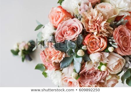 Bruiloft bloem arrangement trouwringen hout goud Stockfoto © luminastock