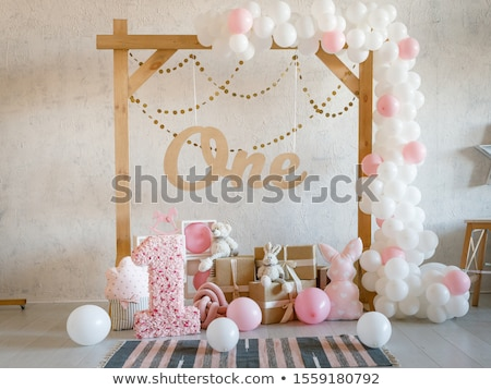 Foto stock: Fiesta · decoración · guirnalda · blanco · pared · cumpleanos