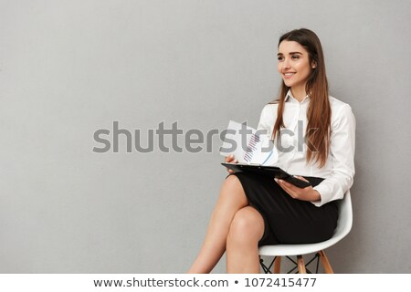portret · podniecony · kobieta · interesu · długo · brązowe · włosy · biały - zdjęcia stock © deandrobot