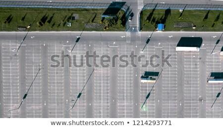 Widok z lotu ptaka pusty parking ulicy lampy Zdjęcia stock © artjazz
