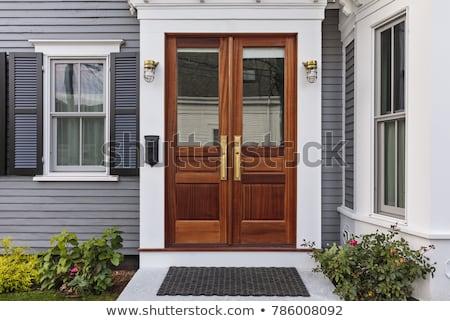 Przednie drzwi mur budynku drewna domu okno Zdjęcia stock © iriana88w