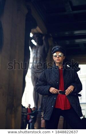 Escultura rua vintage quadro de avisos seta Foto stock © zzve
