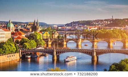 turisztikai · csónak · Prága · híd · égbolt · víz - stock fotó © hitdelight