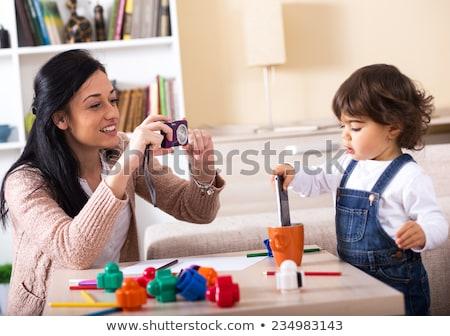 家族 · 写真 · 母親 · 娘 · ホーム · 明るい - ストックフォト © ElenaBatkova