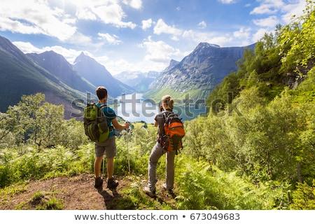 Pár kirándulás vadon férfi erdő barátok Stock fotó © photography33