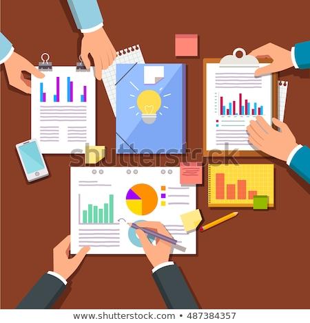 Investitionen Analyse Statistik Bord Mann Geschäftsmann Stock foto © robuart