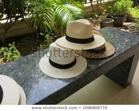Panama hoeden handgemaakt verkoop outdoor Stockfoto © rhamm