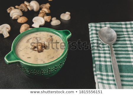 cremoso · setas · sopa · tostado · baguette · fondo - foto stock © Alex9500